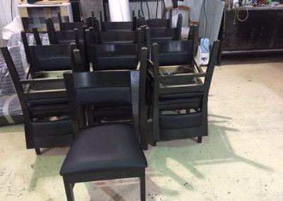 Rembourrage de chaises à Ste-Catherine - Rembourrage Canevas Excellence (rembourreur Rive-Sud)
