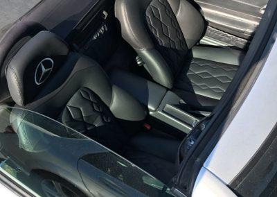 Rembourrage de siège auto en cuire à Deslon - Rembourrage Canevas Excellence Inc. sur la Rive-Sud de Montréal et Québec